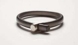 jewellry product photographer